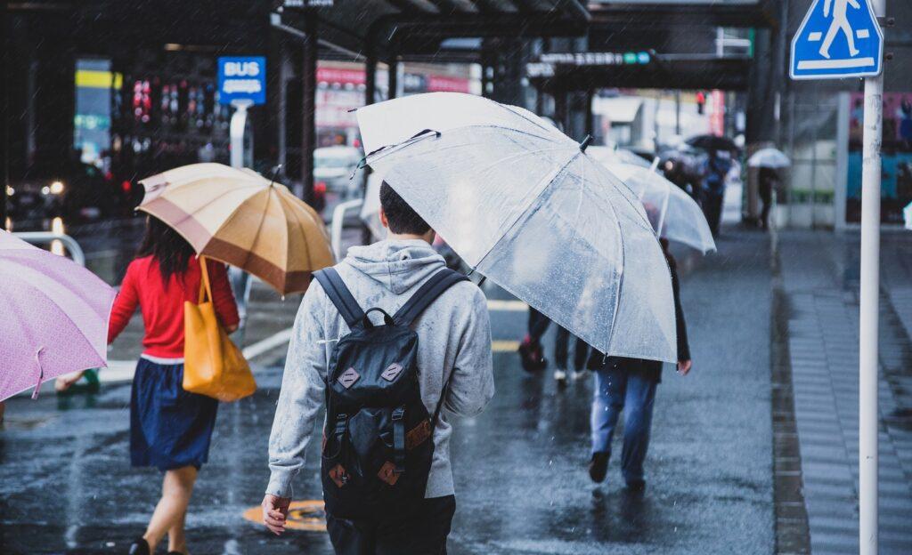 雨の日は客足が遠くなります。